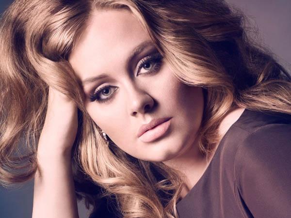 Adele забыла слова из песни на своем концерте