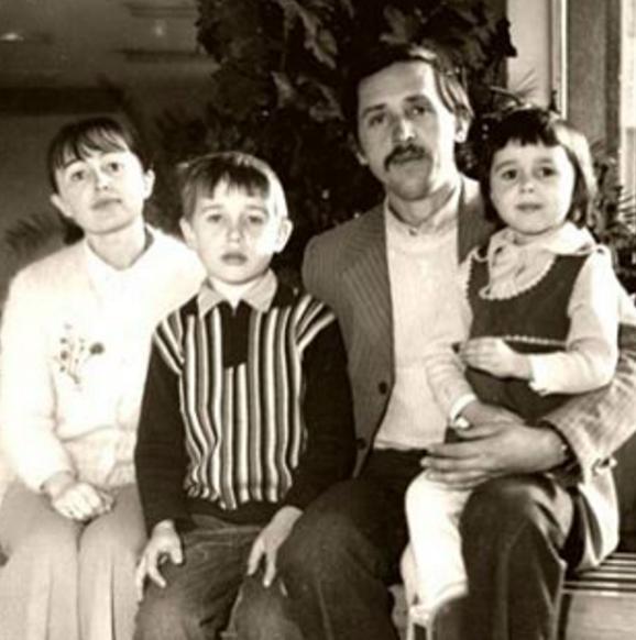 Анастасия Заворотнюк показала своих родителей
