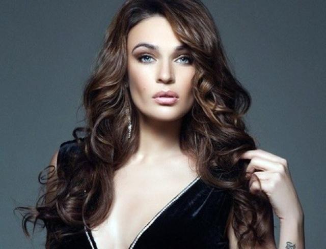 Алена Водонаева уменьшила грудь