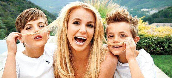 Бритни Спирс устроила семейный праздник в парке развлечений