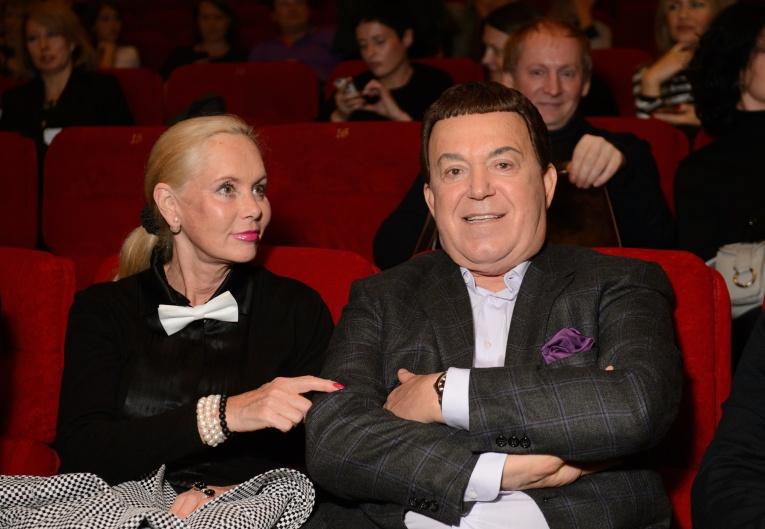 Иосиф Кобзон запретил своим внучкам участвовать в шоу «Голос»
