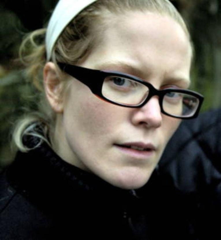 Шведская певица в БДСМ образе привела критиков в ужас