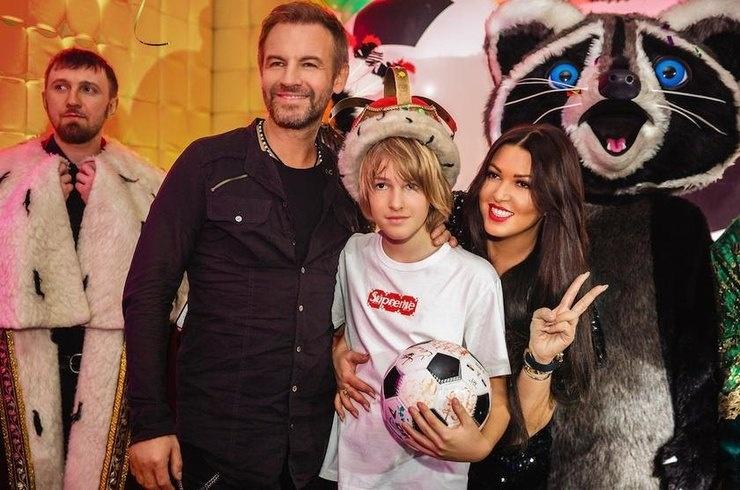 Ирина Дубцова воссоединилась с бывшим мужем в день рождения сына
