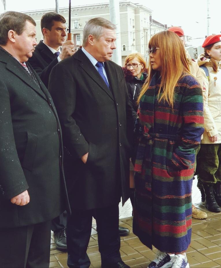 Анита Цой  перечислит кемеровчанам миллион рублей