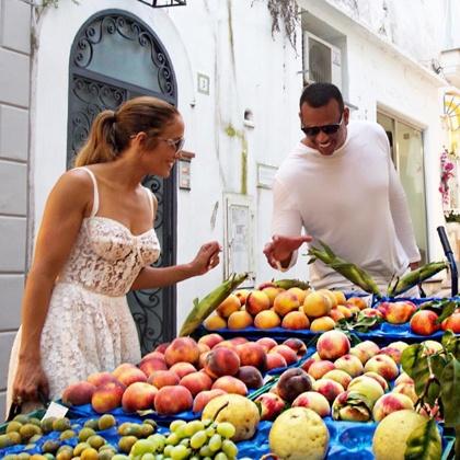 Дженнифер Лопес проводит отпуск в Италии