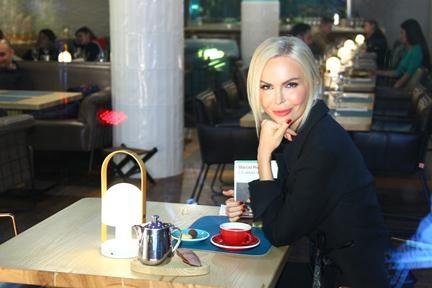 В клипе Мота и Валерия Меладзе главную роль исполнила Алиса Лобанова
