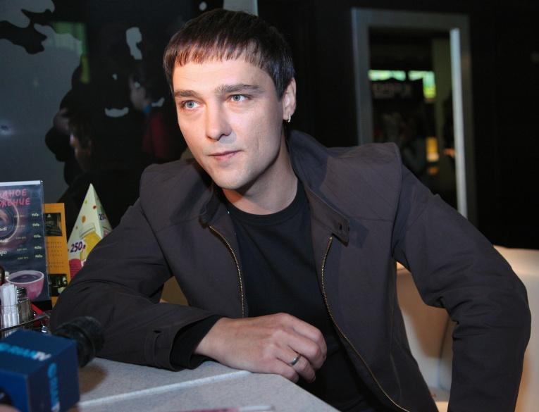 Юрий Шатунов опроверг слова Разина о том, что он отказался исполнять хиты «Ласкового мая»