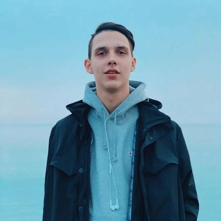 """""""Его можно слушать бесконечно"""": Тима Белорусских презентовал новый трек """"Найду тебя"""""""