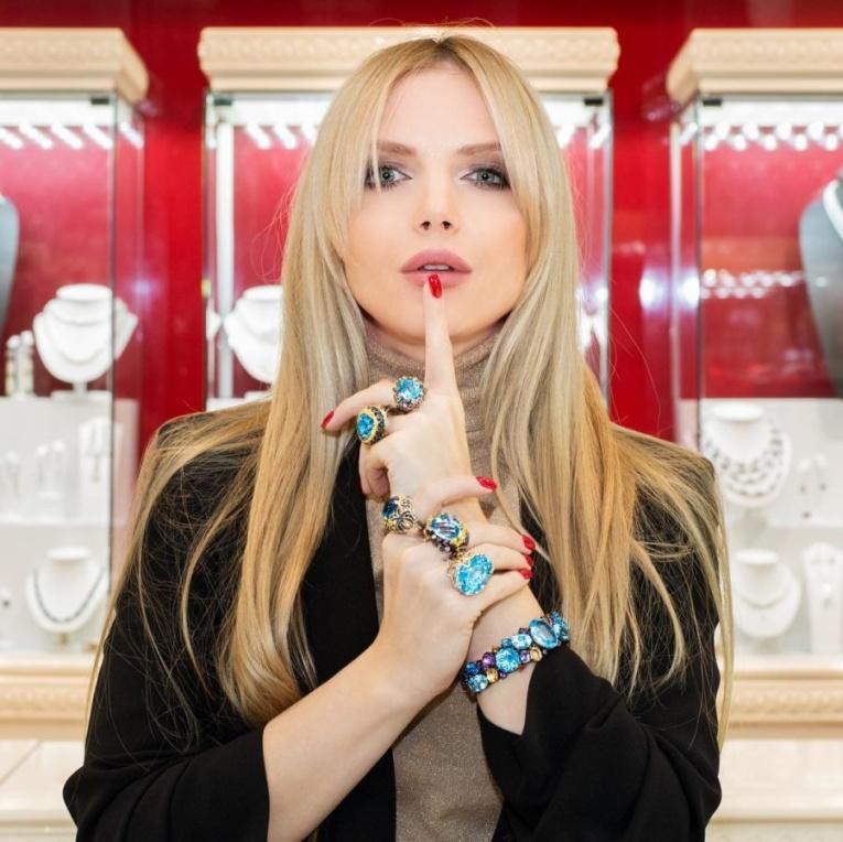 Юлия Михальчик будет петь «Снова и снова»