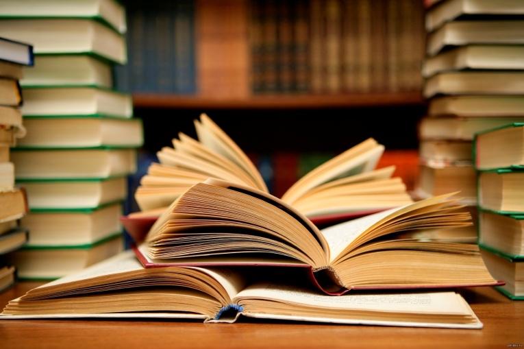 5 известных произведений литературы, которые могли носить совсем другие названия