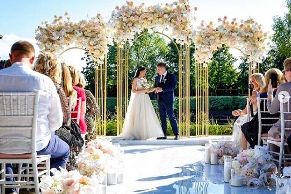 Приемная дочка Михаила Круга вышла замуж