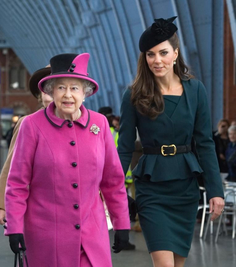 Первое Рождество с королевой Елизаветой было для Кейт Миддлтон пыткой