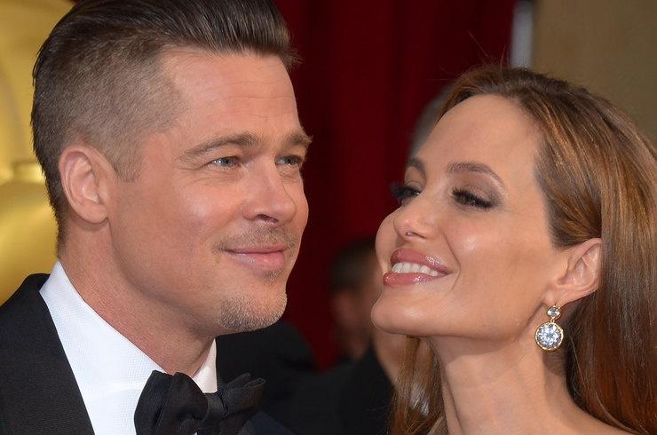 СМИ: Анджелина Джоли недовольна успехами бывшего мужа