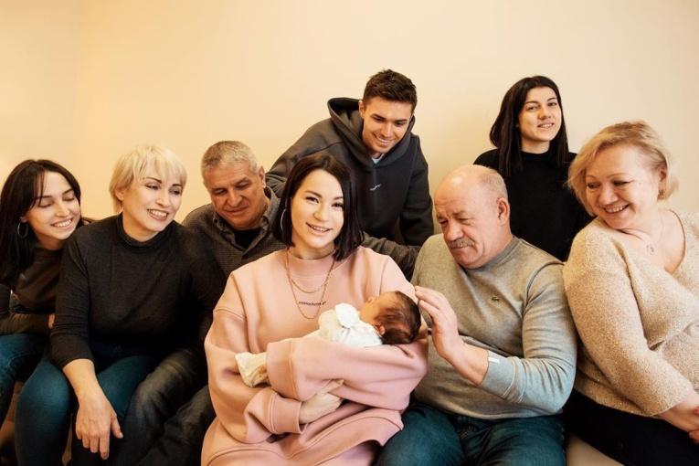 Ида Галич поделилась впечатлениями от материнства