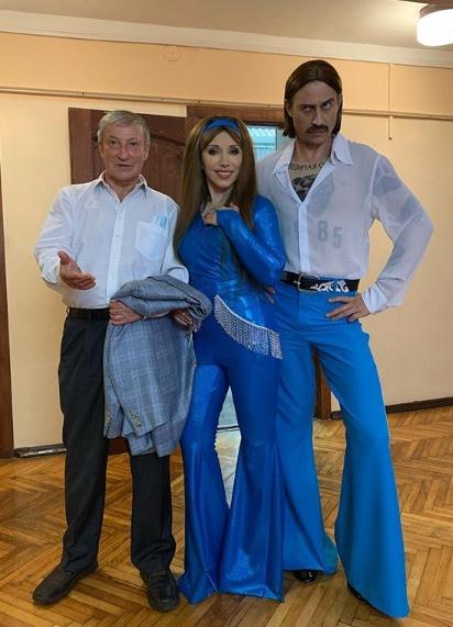 Елена Воробей перевоплотилась в солистку группы Little Big