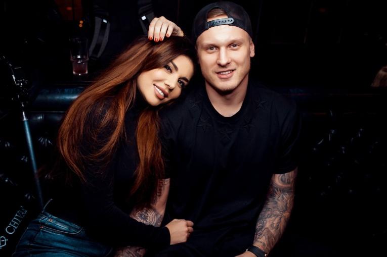 Певица Анна Седокова ответила на критику из-за возраста