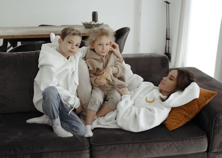 Айза Долматова представила свой бренд одежды
