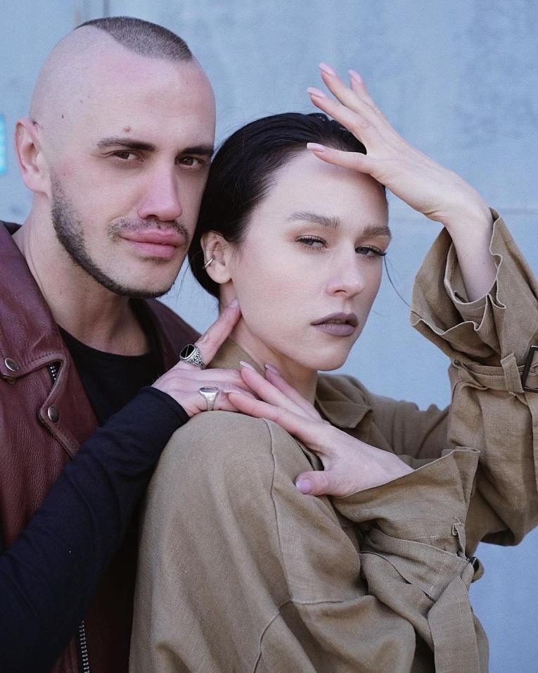 Таюрская и Ильич, а также другие участники групп, которые стали встречаться