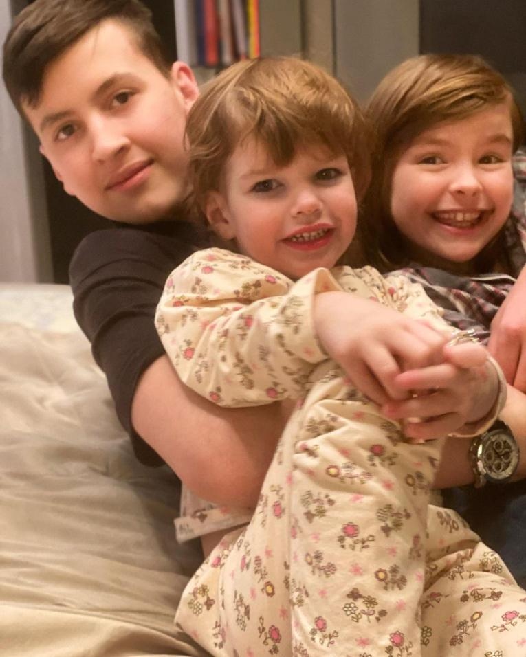 Звёздные отцы, которые воспитывают детей от разных жён