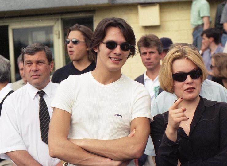 Влад Сташевский публично попросил прощения у экс-супруги