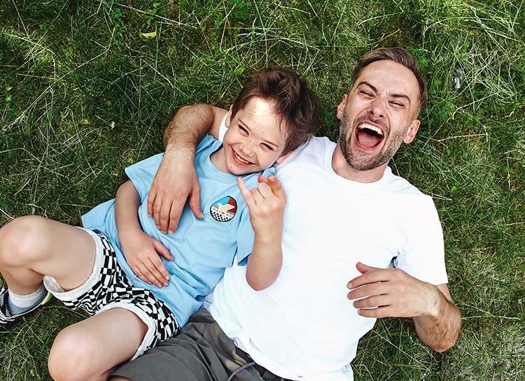 Телеведущий Дмитрий Шепелев показал подросшего сына от Жанны Фриске